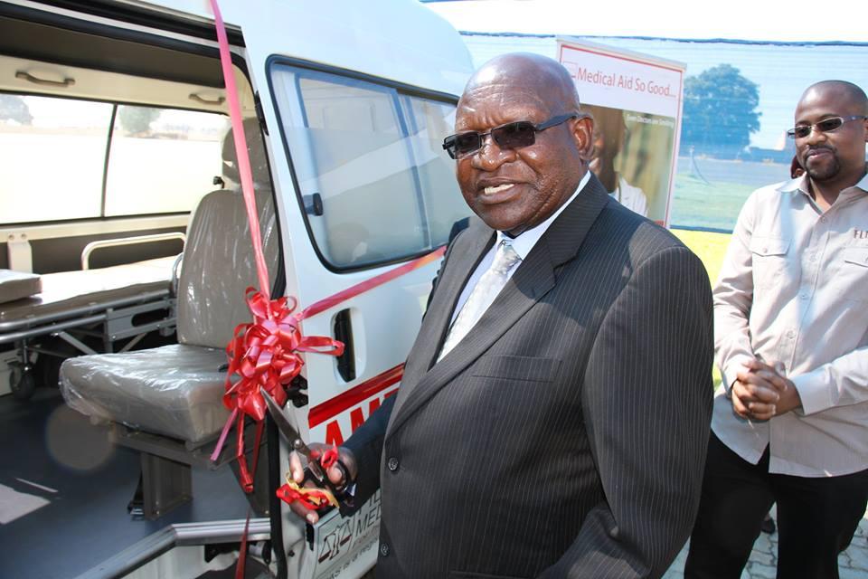Fidelity Life donates ambulance to MSU
