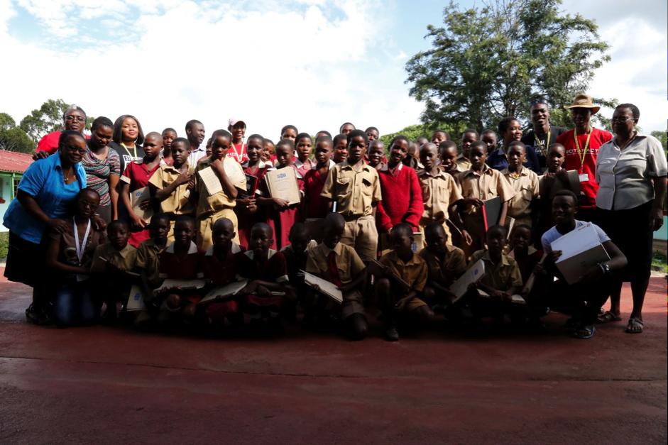 ROTARACT Club Donates to Senga Primary School.