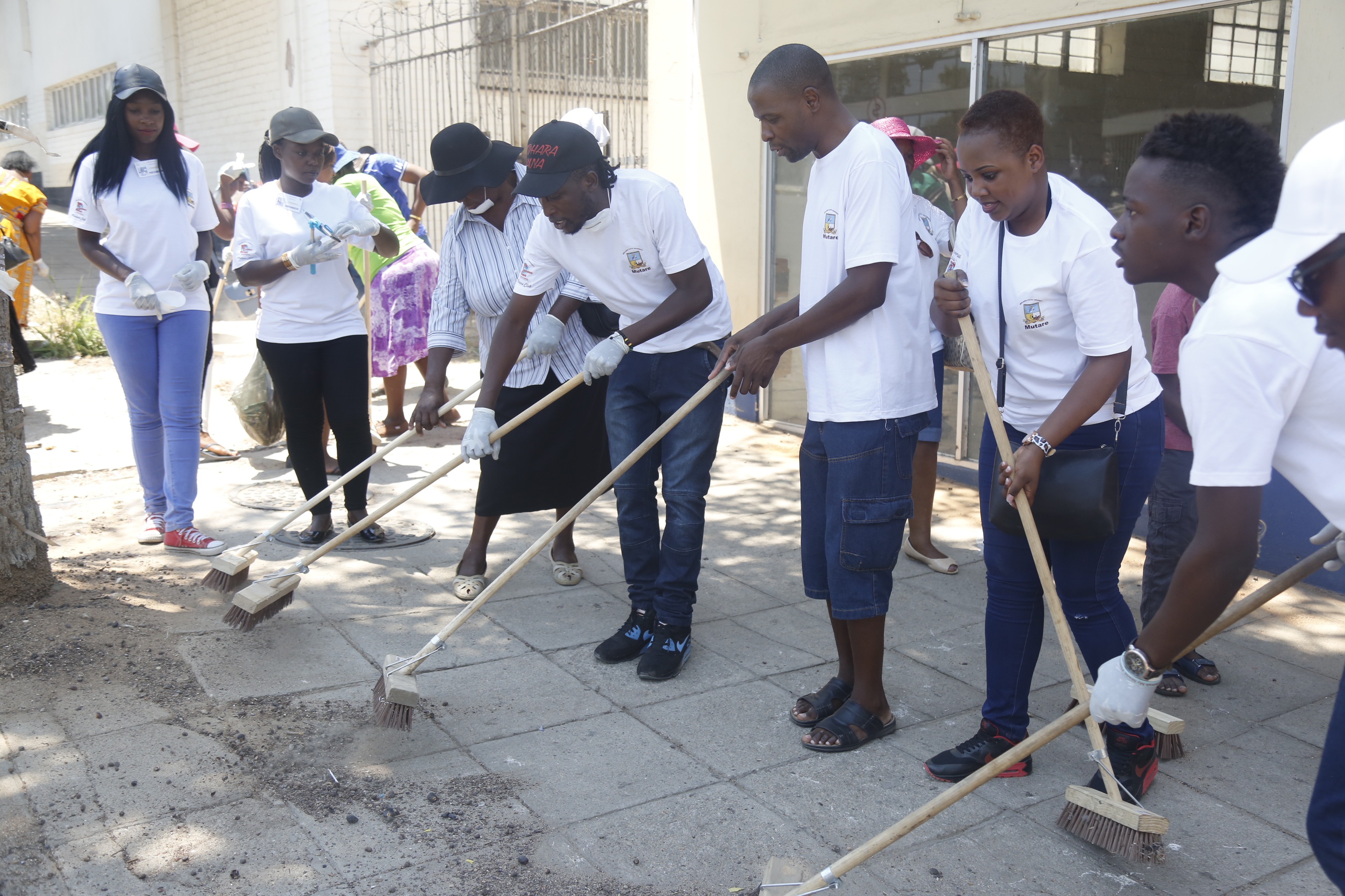 MSU Teams Up with Mutare Community in Clean Up
